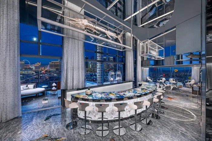 Quarto de hotel mais caro do mundo fica em Las Vegas e até tem tubarões