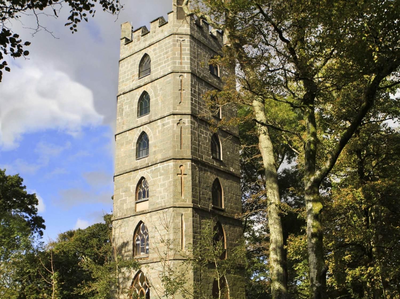 Brynkir Tower, a casa de sonho entre as montanhas do País de Gales