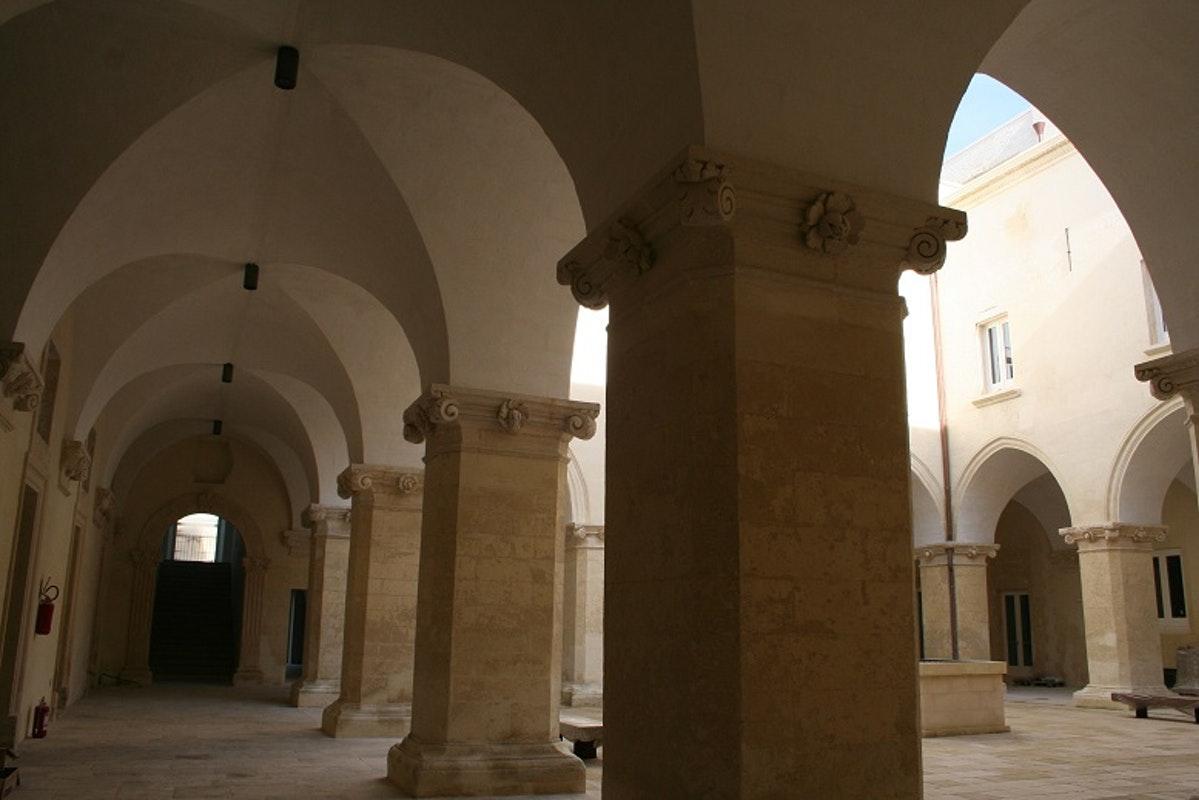 """Lecce, a """"Dama do Barroco"""" tem praias lindas e gastronomia fantástica"""